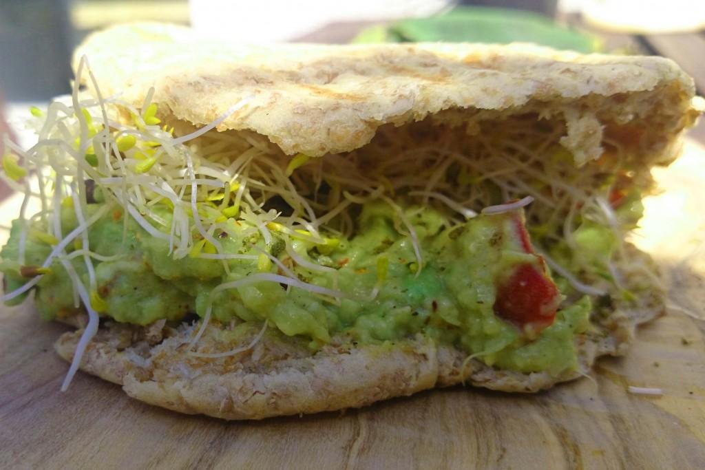 recept volkoren pita met avocado